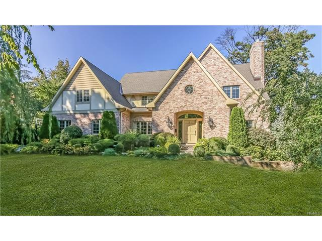 9 Sycamore Rd, Scarsdale, NY 10583