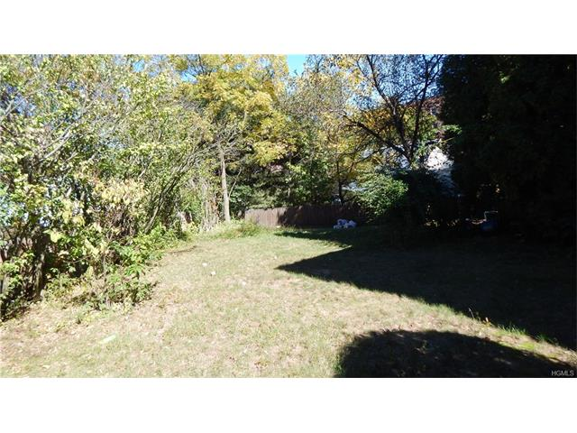 16 Wolfe Drive, Spring Valley, NY 10977