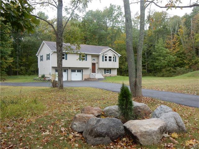 141 Mountain Rd, Pine Bush, NY 12566