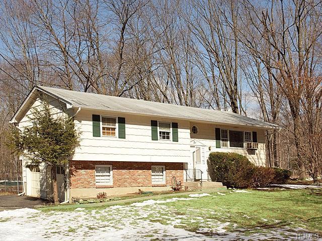 21 Cannan Rd, Monsey, NY 10952