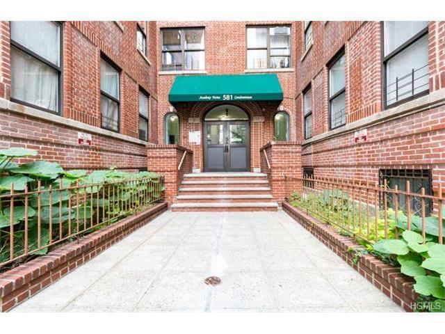 581 Academy St #1H, New York, NY 10034