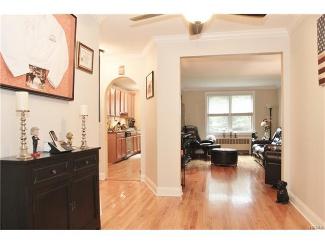 315 Palmer Terrace #1C, Mamaroneck, NY 10543