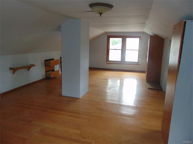 3 Chestnut Street, Greenwood Lake, NY 10925