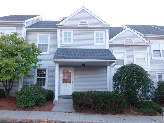 12 Durham Ct, Middletown, NY 10940