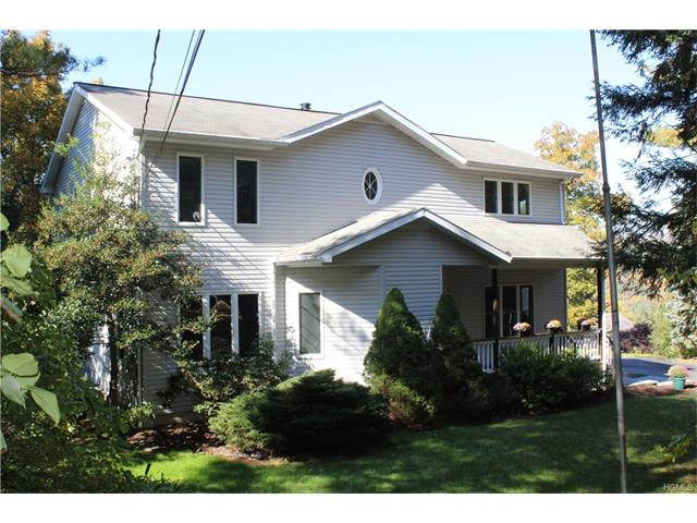 16 Birch Brook Rd, Cortlandt, NY 10567