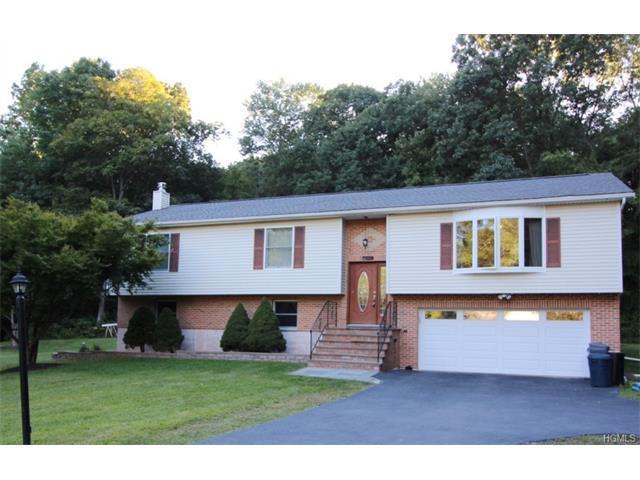 25 Clifton Ct, Patterson, NY 12563