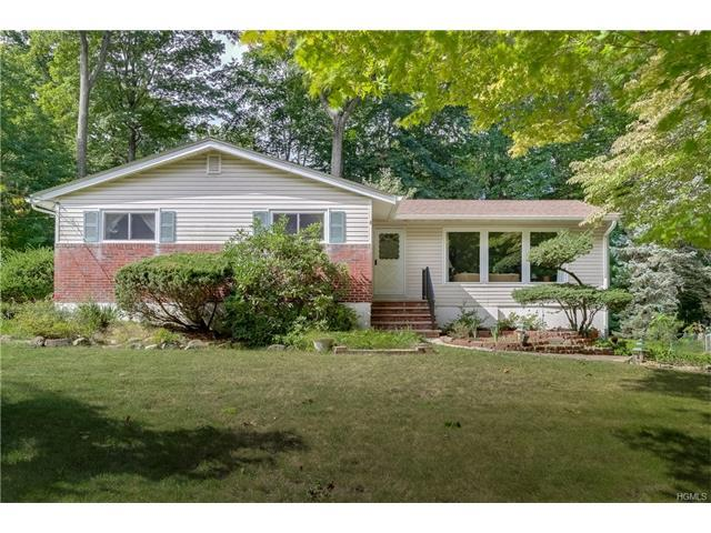 17 Wilshire Dr, Spring Valley, NY 10977