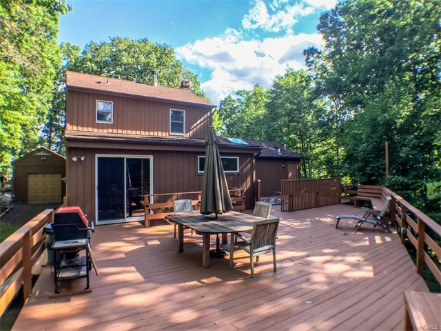 13 Woodcrest Terrace, Amawalk, NY 10501