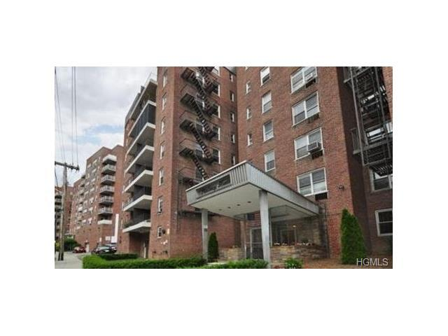 61 Bronx River Rd #4C, Yonkers, NY 10704