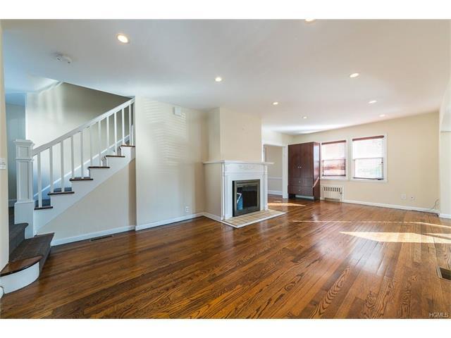 115 Grandview Ave, White Plains, NY 10605