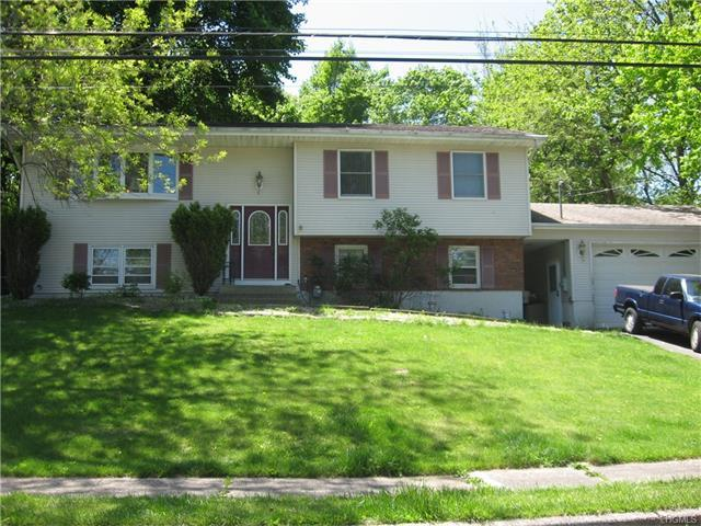 4 Mary Ann Ct, Stony Point, NY 10980