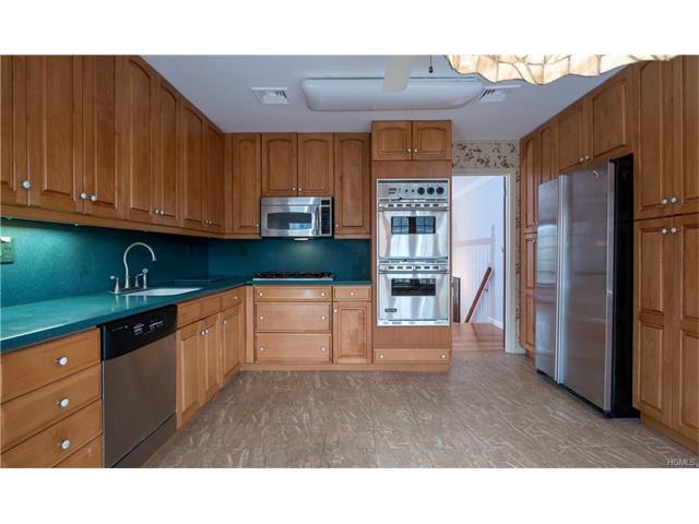 131 Goebel Rd, New City, NY 10956 MLS# 4649651   Movoto.com