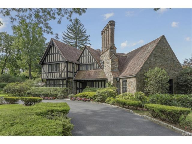 274 Pondfield Rd, Bronxville, NY 10708