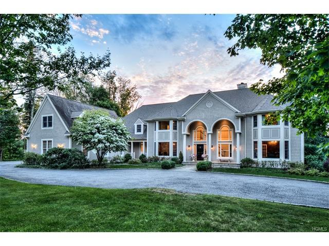 1 Great Hills Farm Rd, Bedford, NY 10506