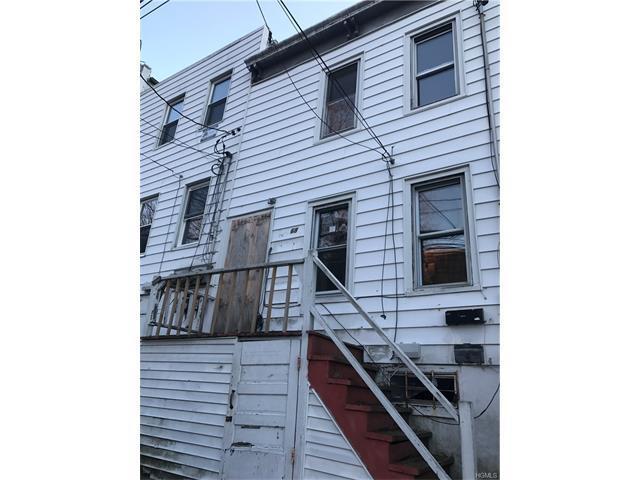68 Croton Ter, Yonkers, NY 10701