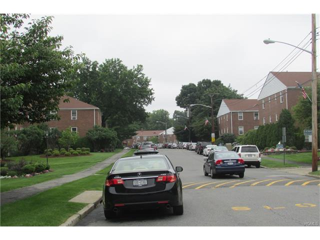 9 Bryant Crescent #1-H, White Plains, NY 10605