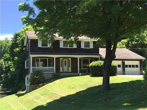 12 Dunhill Dr, Somers, NY 10589