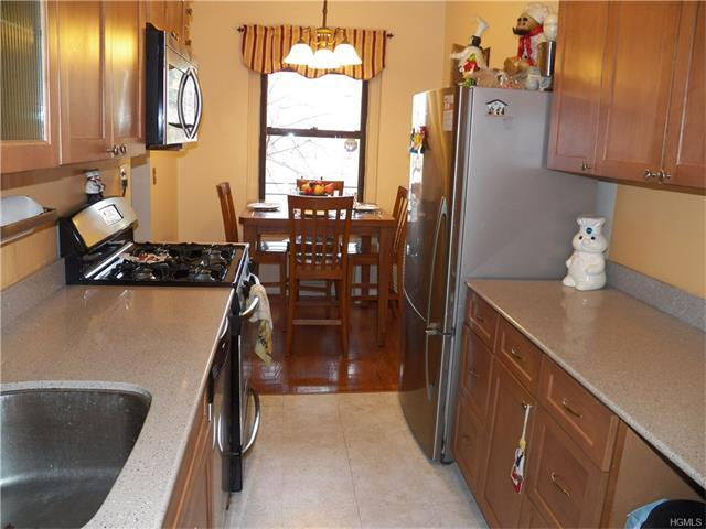 143 Garth Rd #3L, Scarsdale, NY 10583