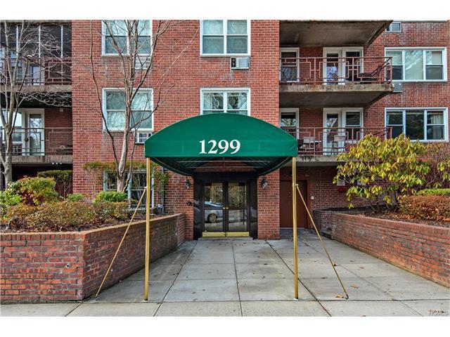 1299 Palmer Ave #212, Larchmont, NY 10538