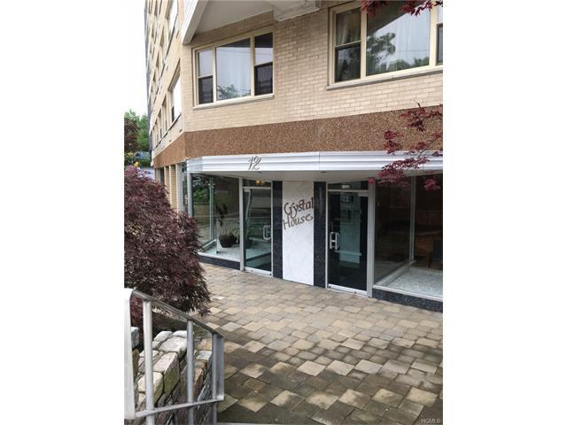 12 Old Mamaroneck Rd #7L, White Plains, NY 10605