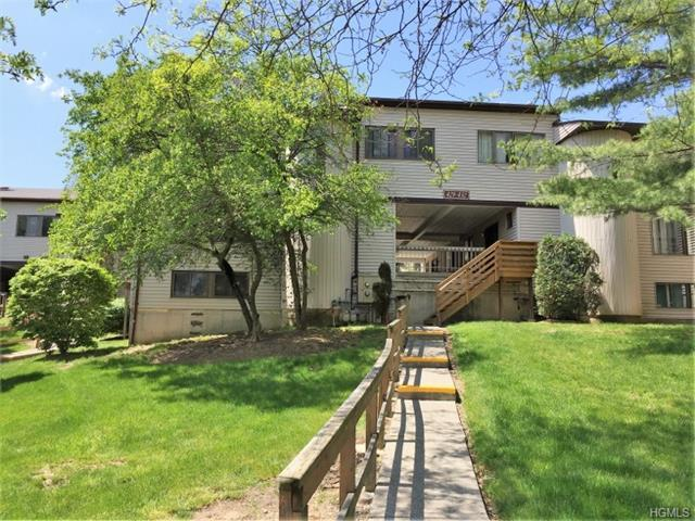 432 Country Club Ln, Pomona, NY 10970