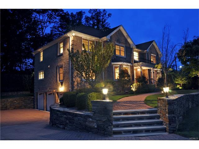 1 Cambridge Ct, New Rochelle, NY 10804