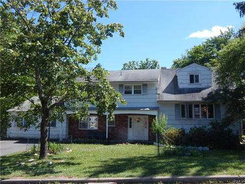 9 Blueberry Hill Rd, Spring Valley, NY 10977