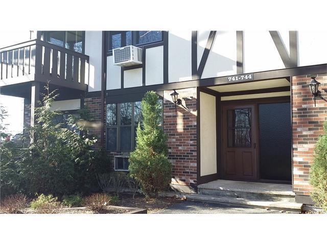 741 Sierra Vis, Valley Cottage, NY 10989