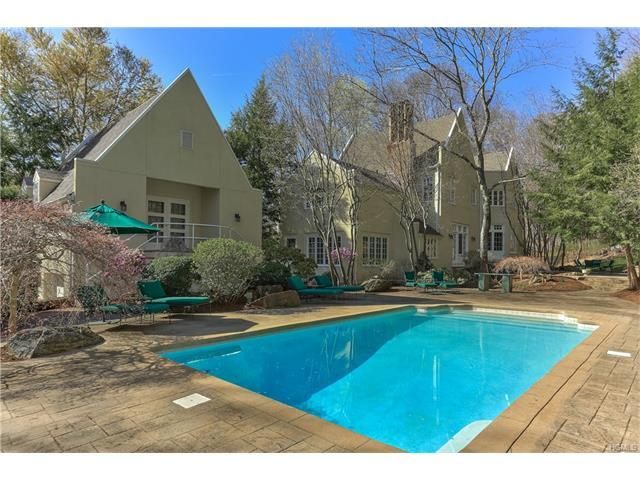 17 Spy Rock Rd, Pound Ridge, NY 10576