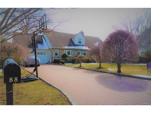 88 Rose Ave, Eastchester, NY 10709