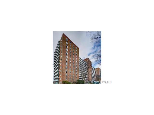 2575 Palisade Ave #3K, Bronx, NY 10463