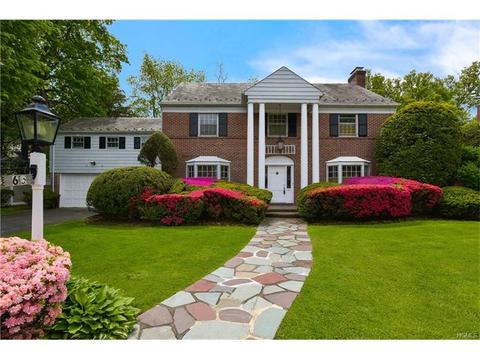 65 Mildred Pkwy, New Rochelle, NY 10804
