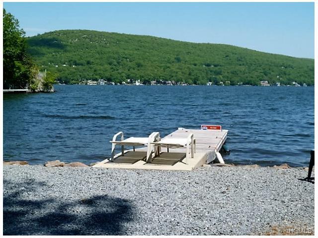 24 Cove Rd, Greenwood Lake, NY 10925
