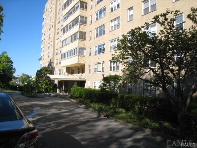 1200 Midland Ave #2-A, Yonkers, NY 10708