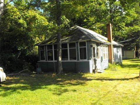 46 Sarine Rd, Wurtsboro, NY 12790