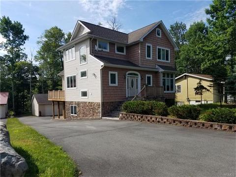 32 Richards Ave, Monticello, NY 12701