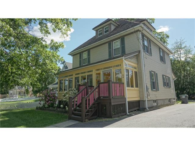 84 South St, Warwick, NY 10990