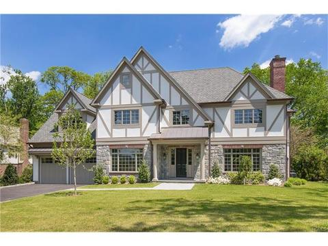 29 Fairview Rd, Scarsdale, NY 10583