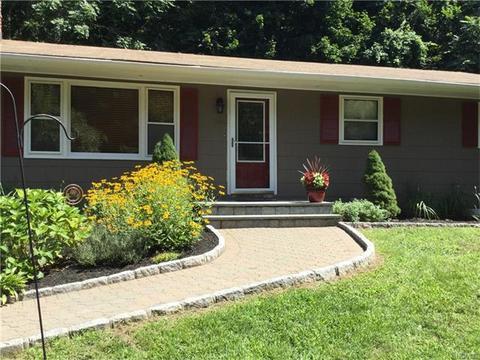 105 Highland DrCortlandt, NY 10567