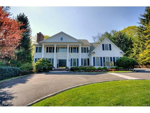 25 White Deer Ln, West Harrison, NY 10604