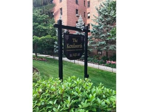 142 Garth Rd #TS, Scarsdale, NY 10583