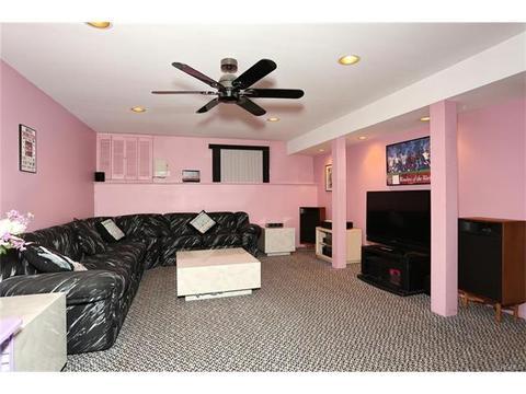 7 Vandenberg Cir, Garnerville, NY 10923 MLS# 4749065 - Movoto.com