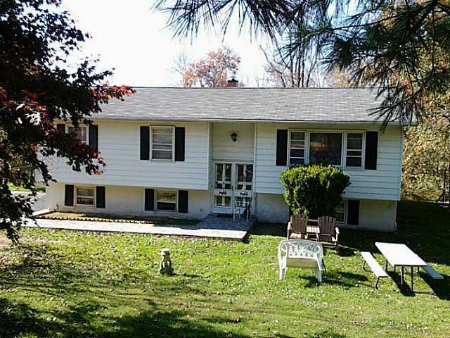 71 Plattekill Ardonia Rd, Wallkill, NY 12589