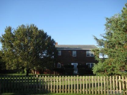 5 Bayberry Lane, Remsenburg, NY 11960
