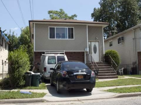 54 Sutton St, Hempstead, NY