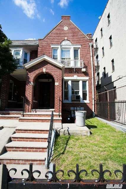 1011 Carroll St, Brooklyn, NY