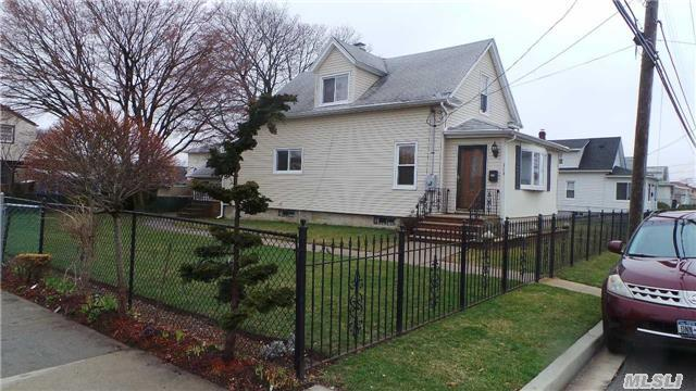 319 Roquette Ave, Floral Park, NY