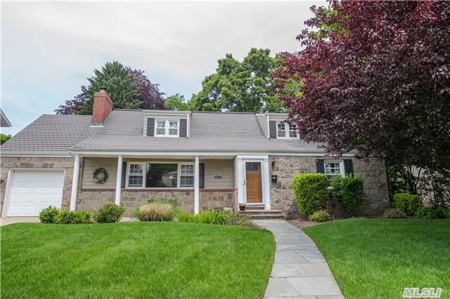 45 Combes Ave, Rockville Centre, NY