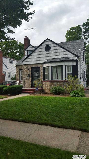 117 Windsor Pkwy, Hempstead, NY