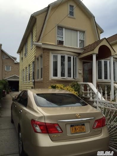 103-16 221st St, Queens Village, NY